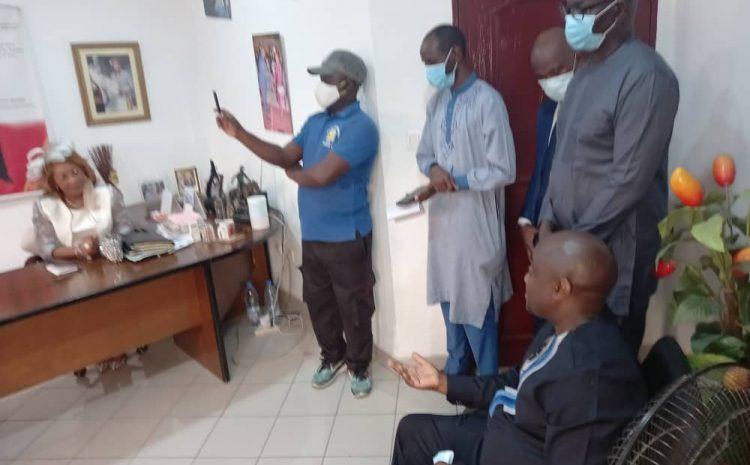 Mise en place des CMJ: échanges entre Monsieur le Secrétaire Général et Mme le Maire de Douala 1er.